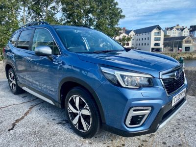 Subaru Forester 2.0i e-Boxer XE Premium 5dr Lineartronic Estate Petrol/Electric Hybrid BLUE at Subaru Used Vehicle Locator Coleshill
