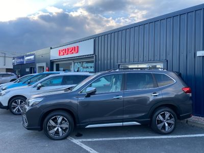Subaru Forester 2.0i e-Boxer XE Premium 5dr Lineartronic SUV Petrol / Electric Hybrid Magnetite Grey Metallic at Subaru Used Vehicle Locator Coleshill