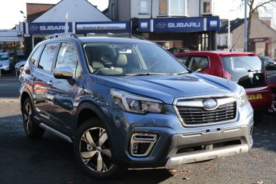 Subaru Forester 2.0 SE Premium e-Boxer SUV Petrol / Electric Hybrid Blue at Subaru Used Vehicle Locator Penicuik